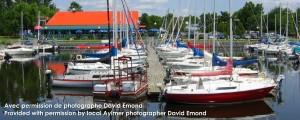 Quai et restaurant à la Marina Aylmer Québec | Docks and restaurant Aylmer Quebec